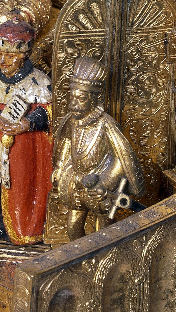 Detail of the figure on the BM nef
