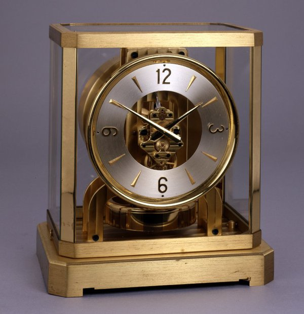 Atmos clock by Jaeger le Coultre,1947, Switzerland (British Museum reg. No. 1986,1025.1)