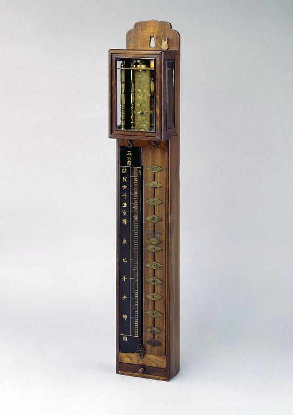 Weight-driven pillar clock, Japan, 19th century (British Museum No. 1975,1202.1)