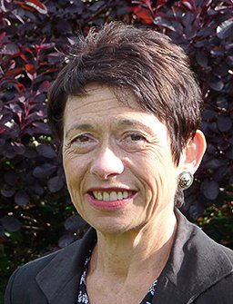 Dr. Patricia Fara