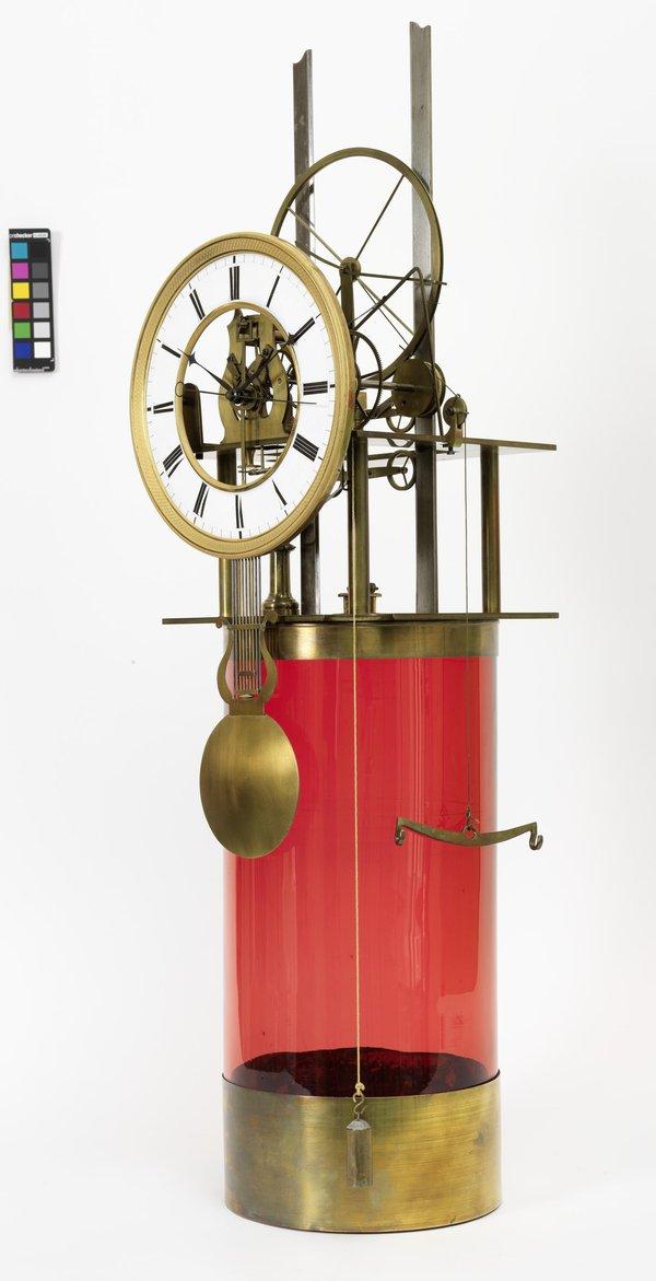 Hydrogen clock by Pasquale Anderwalt.jpg