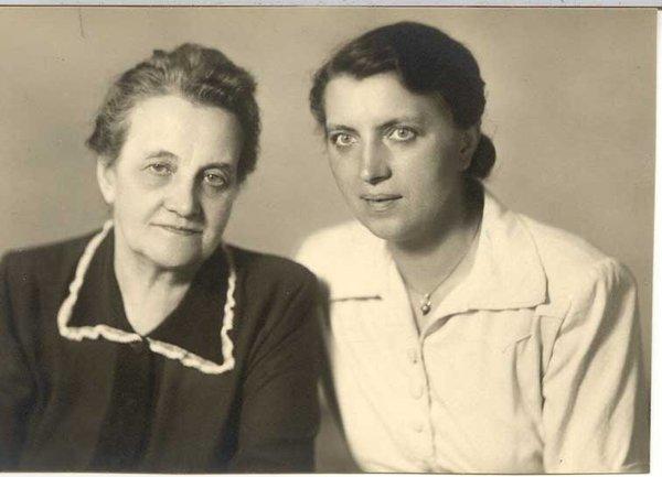 anna-and-ludmilla