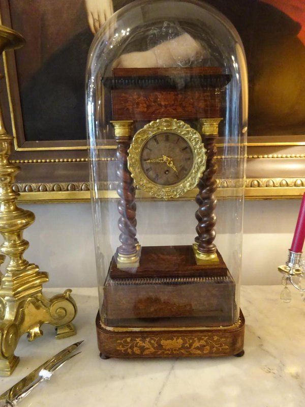 This clock closely matches the description of the clock that was so important to the laundress Gervaise Macquart in Zola's  L'Assommoir (The Drinking Den). Dimensions: width 29 cm, height 66 cm, depth 19 cm. Photo reproduced by kind permission of Antiquités Dubois, Antiquaire généraliste, 29 rue Jean Jaurès, Nantes 44000.