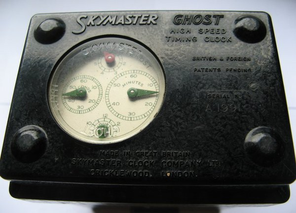 The Skymaster Ghost pigeon clock, c.1952