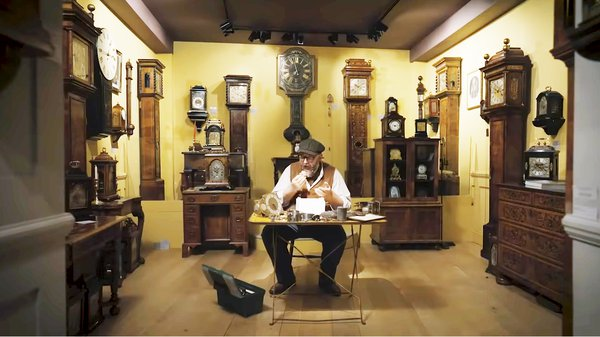 clockmaker and cake